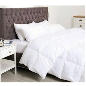 Super Soft Light White Down Alternative Comforter